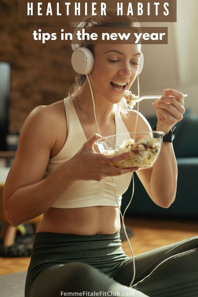 Start the new year off right with healthier habits by following these effective and simple tips.  #newyearsresolution #fitness #healthyhabits