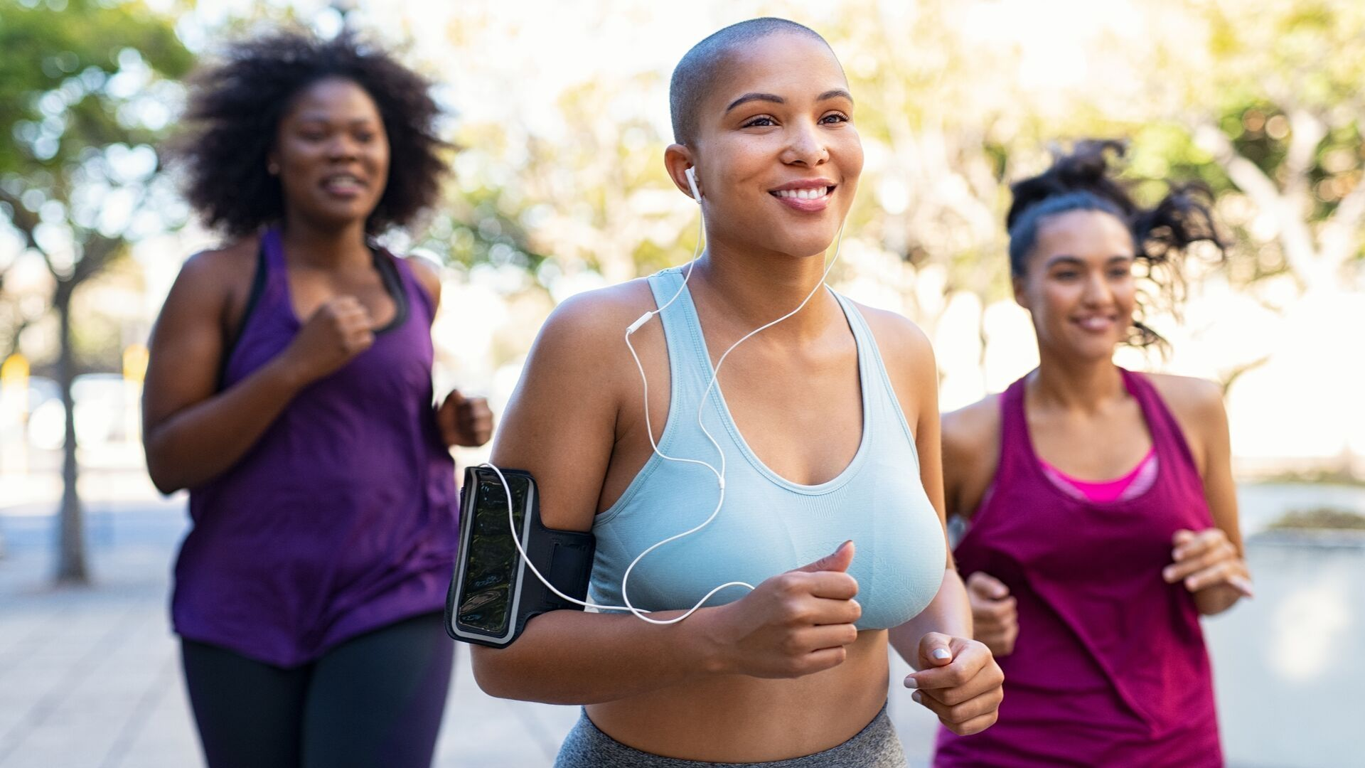 Top 6 women-specific running injuries and how to prevent them #run #running #bgr #blackgirlsrun #runnersinjuries #injuryprevention #runningtips