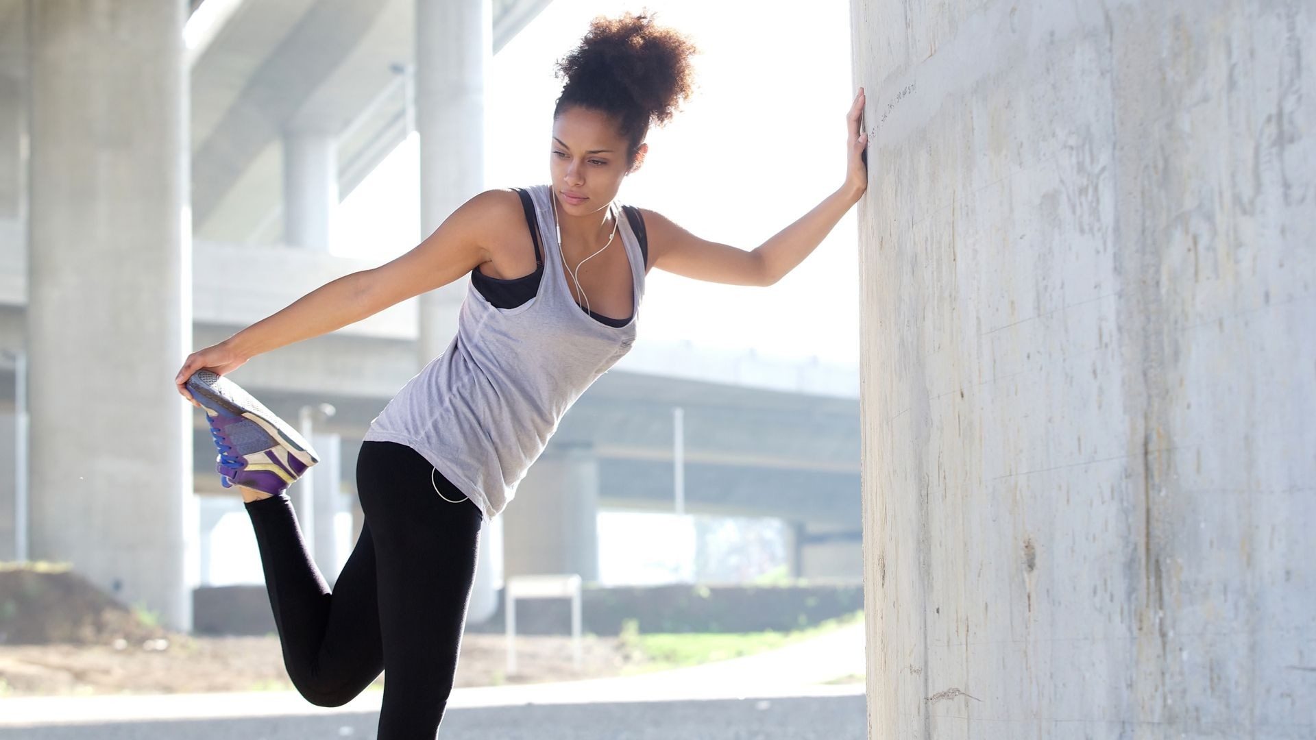 AA Fitness Woman Stretching (1)