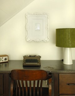 Clean desk with an old-fashioned typewriter - the perfect working space
