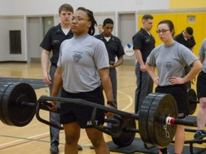 army weight lifting_1482239167380_7424963_ver1.0