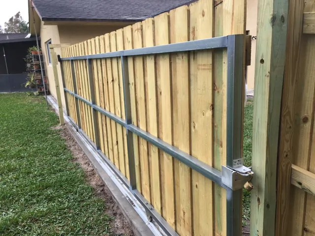 fencing for my home atlanta ga