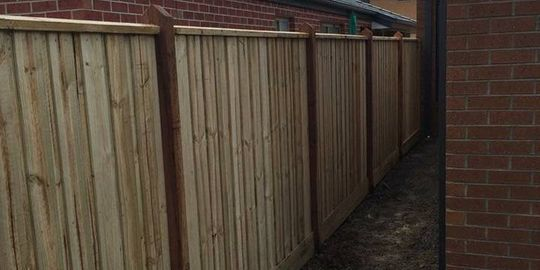 timber fencing contractors melbourne western suburbs