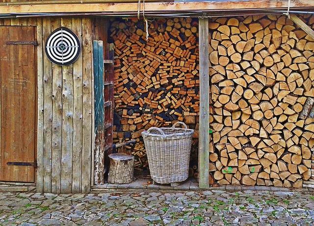 https://fendeuse-bois-facile.com - stockage bois de chauffage - fendre bois facile - stockage bois fendu