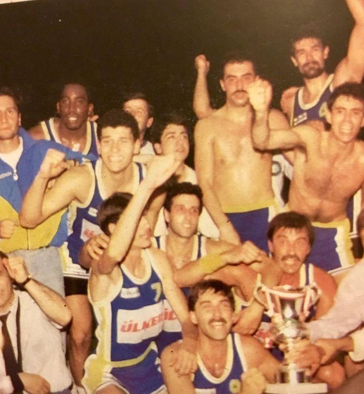 Kareem Abdul Jabbar'ın Huzurunda Cumhurbaşkanlığı Kupası