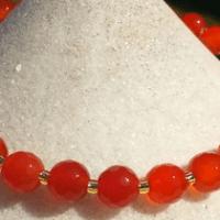 Feng Shui santé, la Cornaline, pierre de la féminité,  redonne la vitalité.