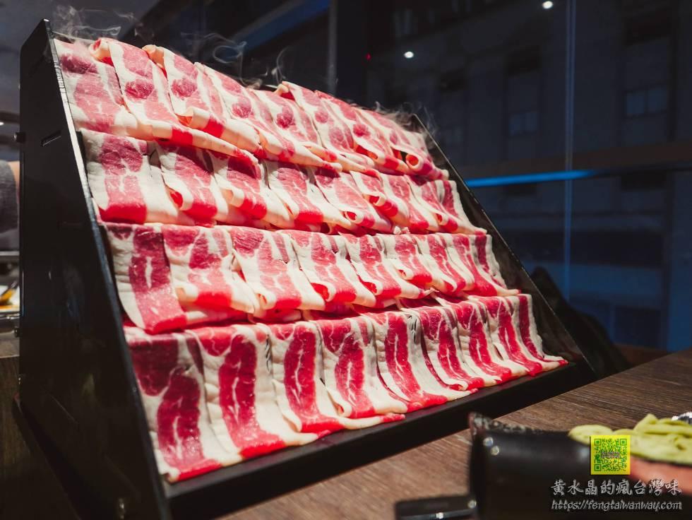 聚北海道昆布鍋桃園統領店【桃園美食】|統領廣場超級卡哇伊札幌起司牛奶鍋還有雙人肉肉瀑布 @黃水晶的瘋台灣味
