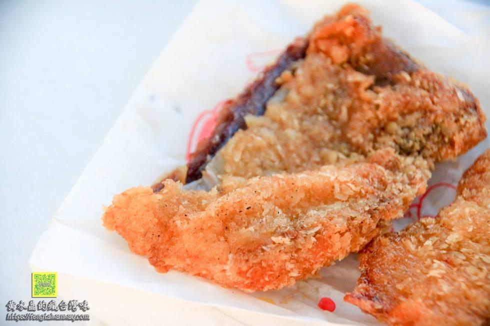 大池炸粿&鯊魚排【澎湖美食】 西嶼在地仔推薦美食;超級隱藏版美味居然在這口灶的廚房裡 @黃水晶的瘋台灣味