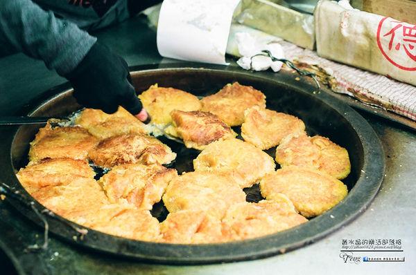 阿婆蕃薯粿【瑞芳美食】|瑞芳火車站必買人氣小吃;小時候記憶中的單純美味 @黃水晶的瘋台灣味