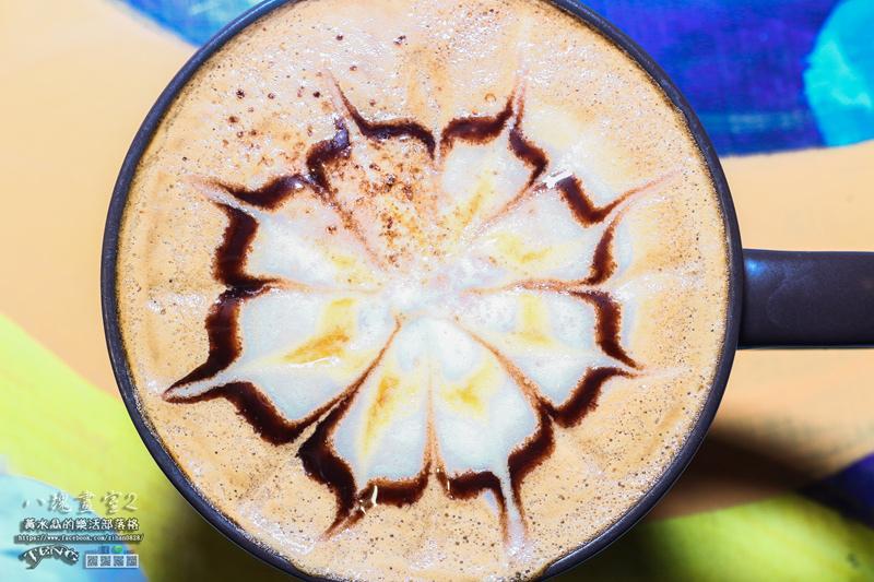 八塊畫室咖啡2【桃園咖啡】|桃園市桃園區老屋改造咖啡館;延續八塊畫室咖啡的文創基地。 @黃水晶的瘋台灣味