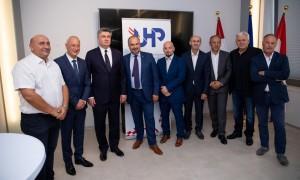 Zoran Milanović s hrvatskim poduzetnicima u Beču / Foto: Fenix Zoran Cindrić)