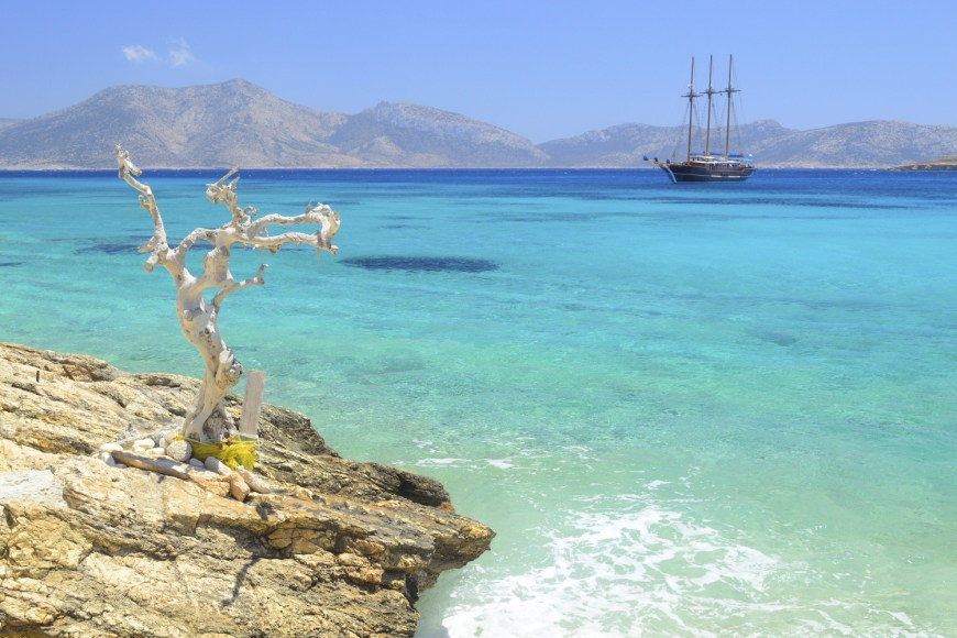 7 Small-Cyclades-Greece