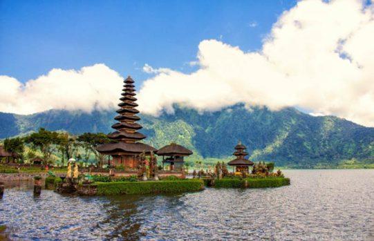 lovina indonesia