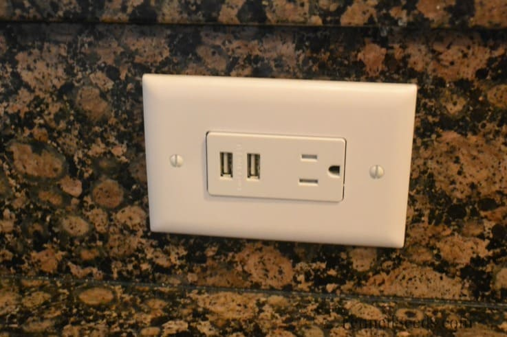 Update Outlets to USB ports