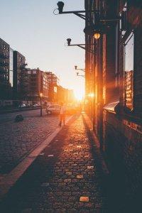 sunset evening walk fenntarthato.cafeblog