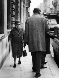 argentine-author-julio-cortazar-walking-along-parisian-street