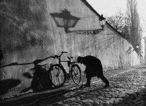 5)_Man_with_Bike__Prague__2000