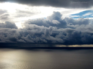 sky_and_sea___madeira_island_by_miguelsousaalves-d48z2tp