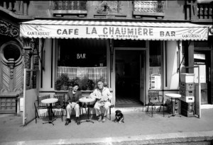paris-cafe-bw