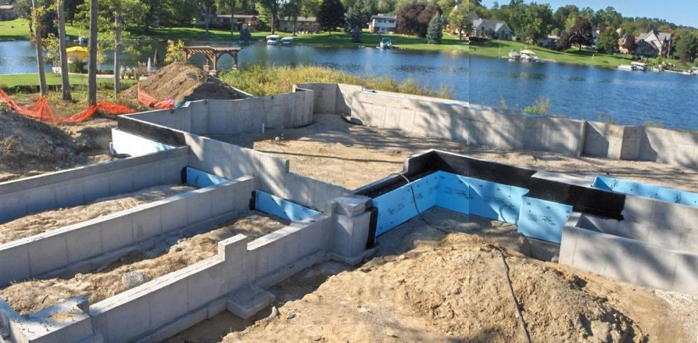 Lake_Home_Poured_Poured_Wall_Foundation