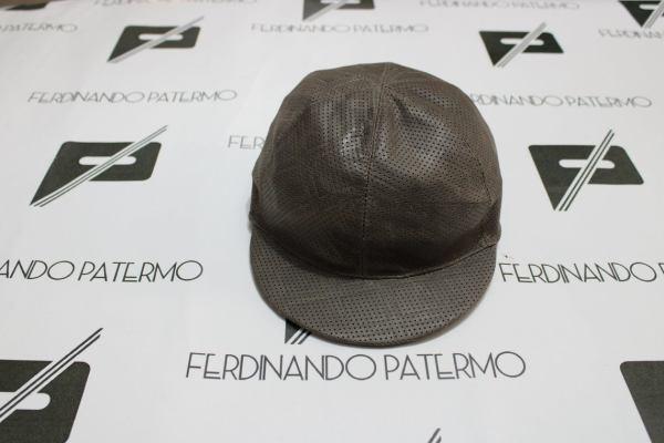 Cappello da Baseball Patermo in Pelle Nappa traforata, colore Tortora, uomo donna, berretto qualità artigianale