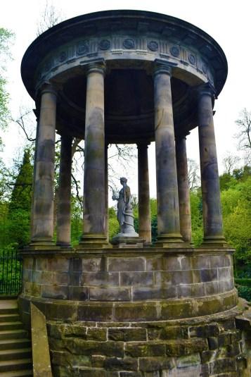 Saint Bernard's well 1