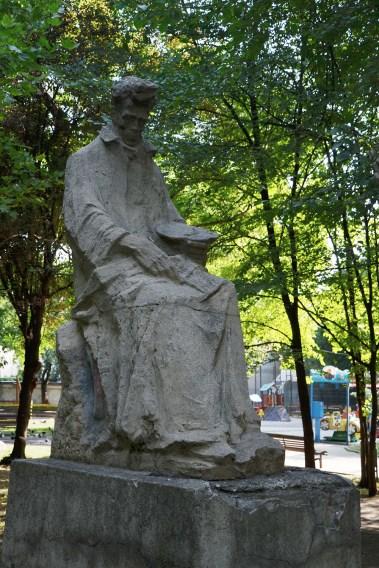 Statue of Ștefan Luchian in Ioanid Park