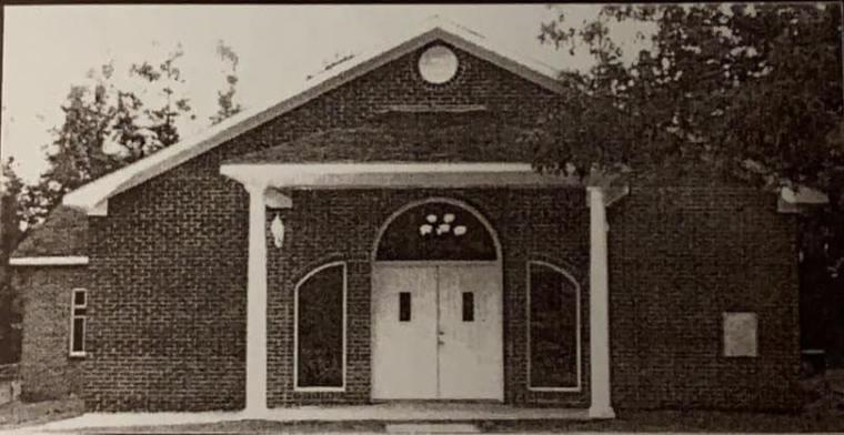 Abraham Chapel Church: A place of many Dotsons and Fergusons.