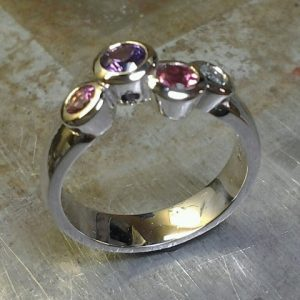 14k white gold family ring side view