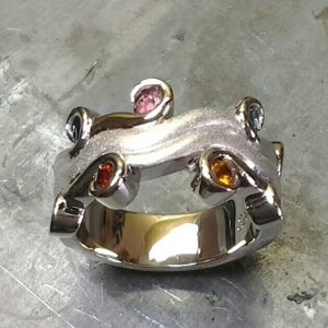 scroll style family ring