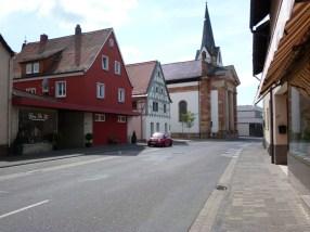 Kirche St. Anna u. Haus der Begegnung in Sulzbach