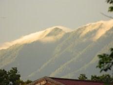Gunung tatanggi Tangkuban Parahu, duka namina naon nya?