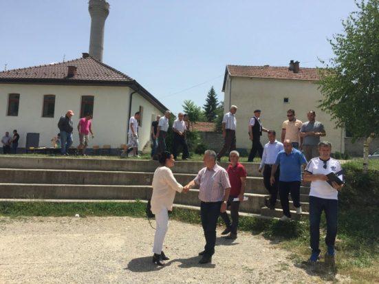 """Screen-Shot-2017-07-01-at-17.23.37-1024x659 """"Bardhyl Abazi e Valon Bytyqi së shpejti lansojnë projektin e ri """"Miku im"""""""" plus 9 more Ferizaj Press"""