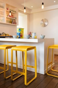 Bellevie high stool in Honey