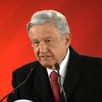 Reportera pregunta a AMLO hasta 4 veces sobre refinanciamiento de la deuda de Pemex y así responde el presidente