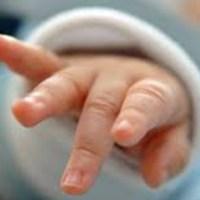 """Enfermera confiesa haber cambiado a más de 5 mil bebés """"por diversión"""""""