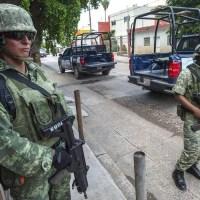 ¿AMENAZA? Prohíben a militares criticar al Presidente de la República