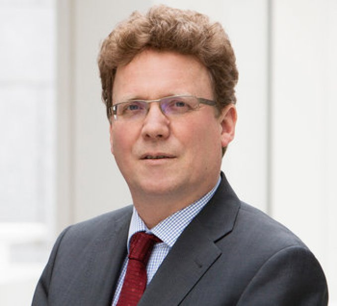 Prof BURKHARD HESS