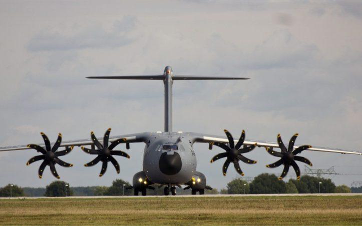 airbus-military-a400m-3891964_1920-1080x675