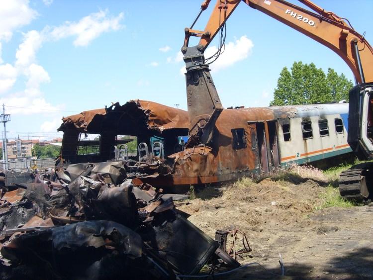 Demolizione treno