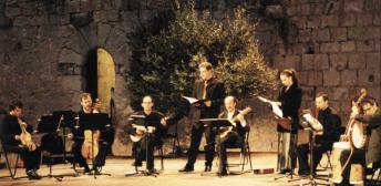 oprhénica lyra 2002