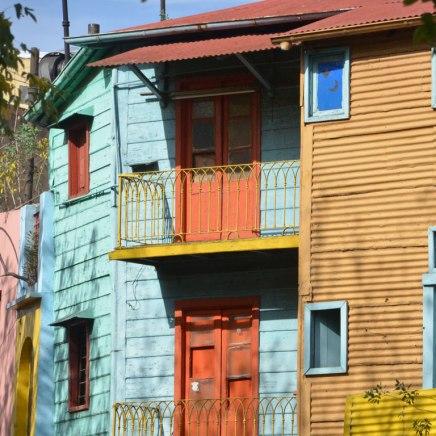 Buenos Aires und seine Viertel: Lust auf Farbe? La Boca ist in einen Farbtopf gefallen