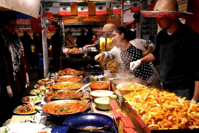 Coole Restaurants im Londoner East End: Der Food Markt im Boiler House an der Brick Lane
