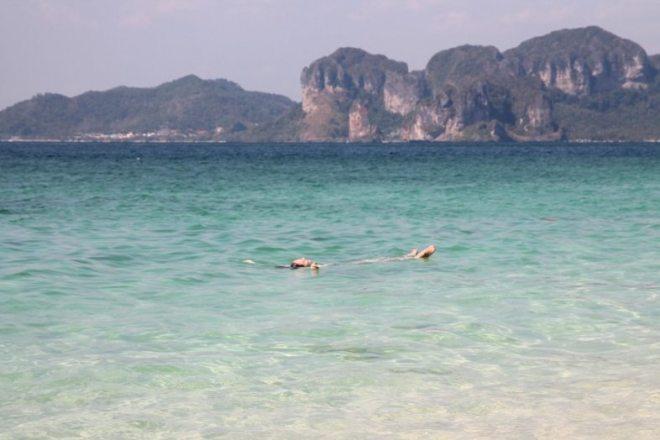 Das schönste Wasser und der schönste Strand: Koh Poda, Paradies in Thailand