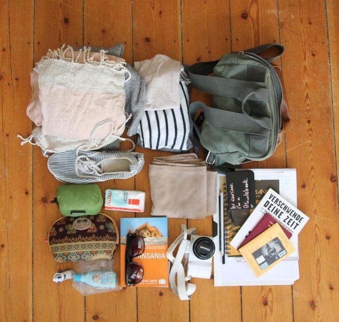 Packliste Urlaub: Das kommt in mein Handgepäck auf Reisen