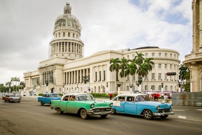 Sehenswürdigkeiten Kuba Rundreise - Oldtimer-Fahrt in Havanna mit Oldtimer
