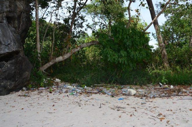 Umweltverschmutzung gibt es leider auch im Nationalpark Koh Tarutao
