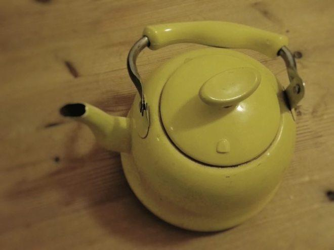Teekanne aus De Emaillekeizer