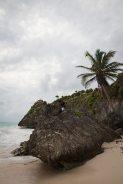 der strand an den ruinen von tulum