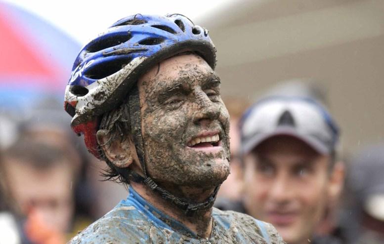 Roland Green (CAN) racing in the 2002 World Mountain Bike Championships. Kaprun, Austria.  Photo by Tom Moran